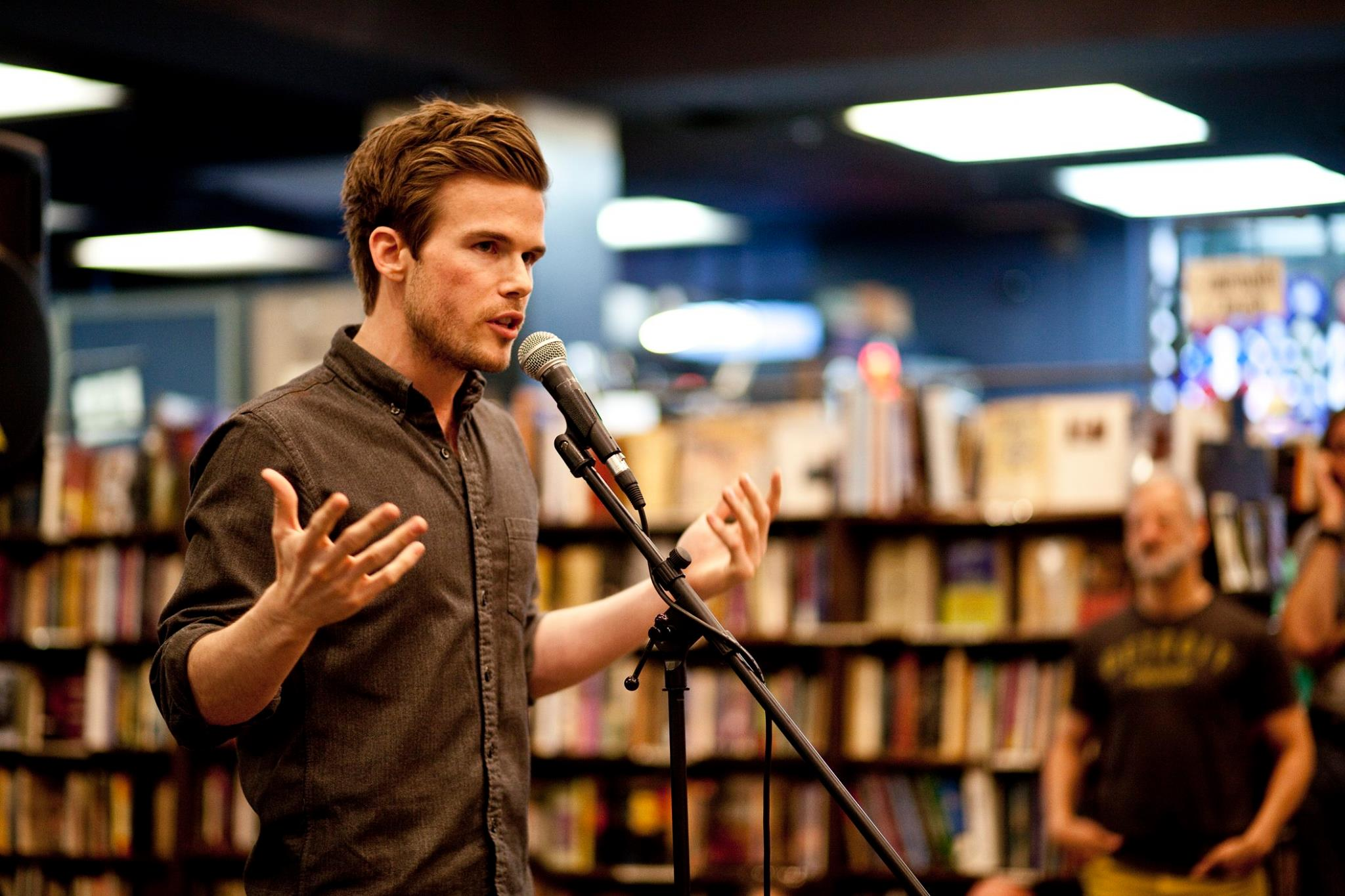 Colin Wright speaking at The Last Bookstore
